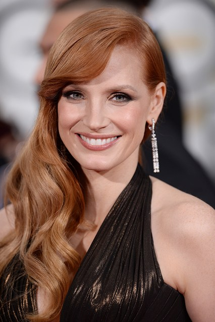 red carpetjessica-chastain-beauty-vogue-12jan15-pa_b_426x639.jpg
