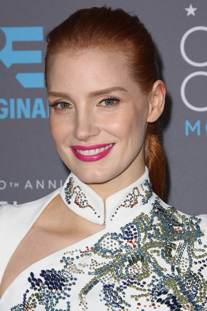 red carpetJessica-Chastain-Vogue-16Jan15-Rex_b_426x639_1.jpg