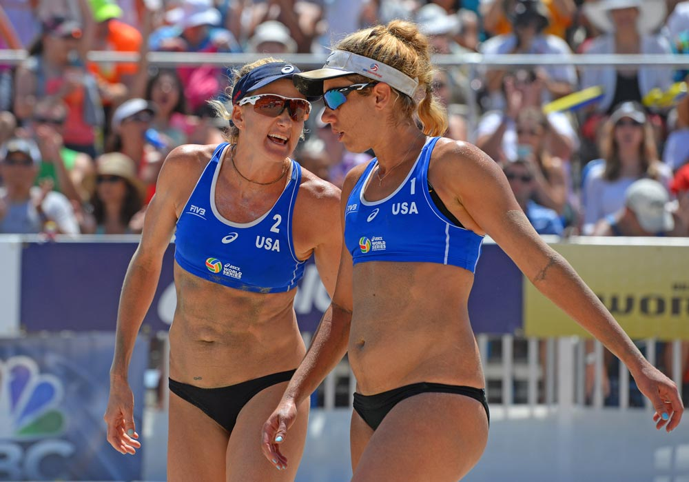 Kerri Walsh Jennings & April Ross.
