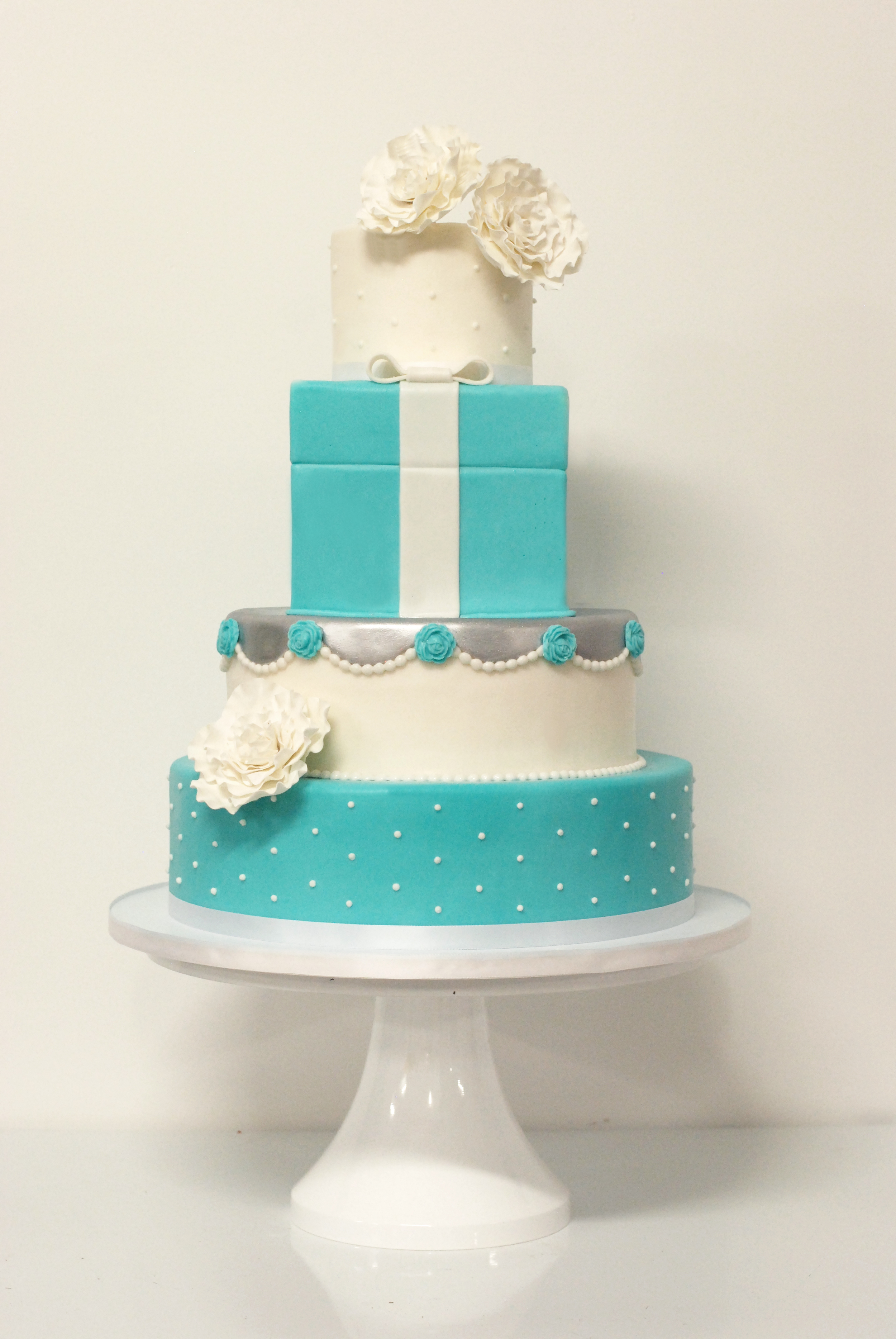 Tiffany Cake.jpg