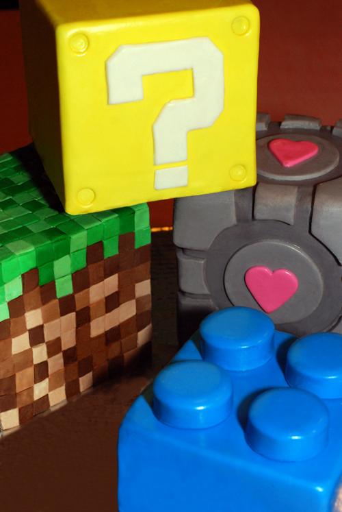 game cube cake.jpg