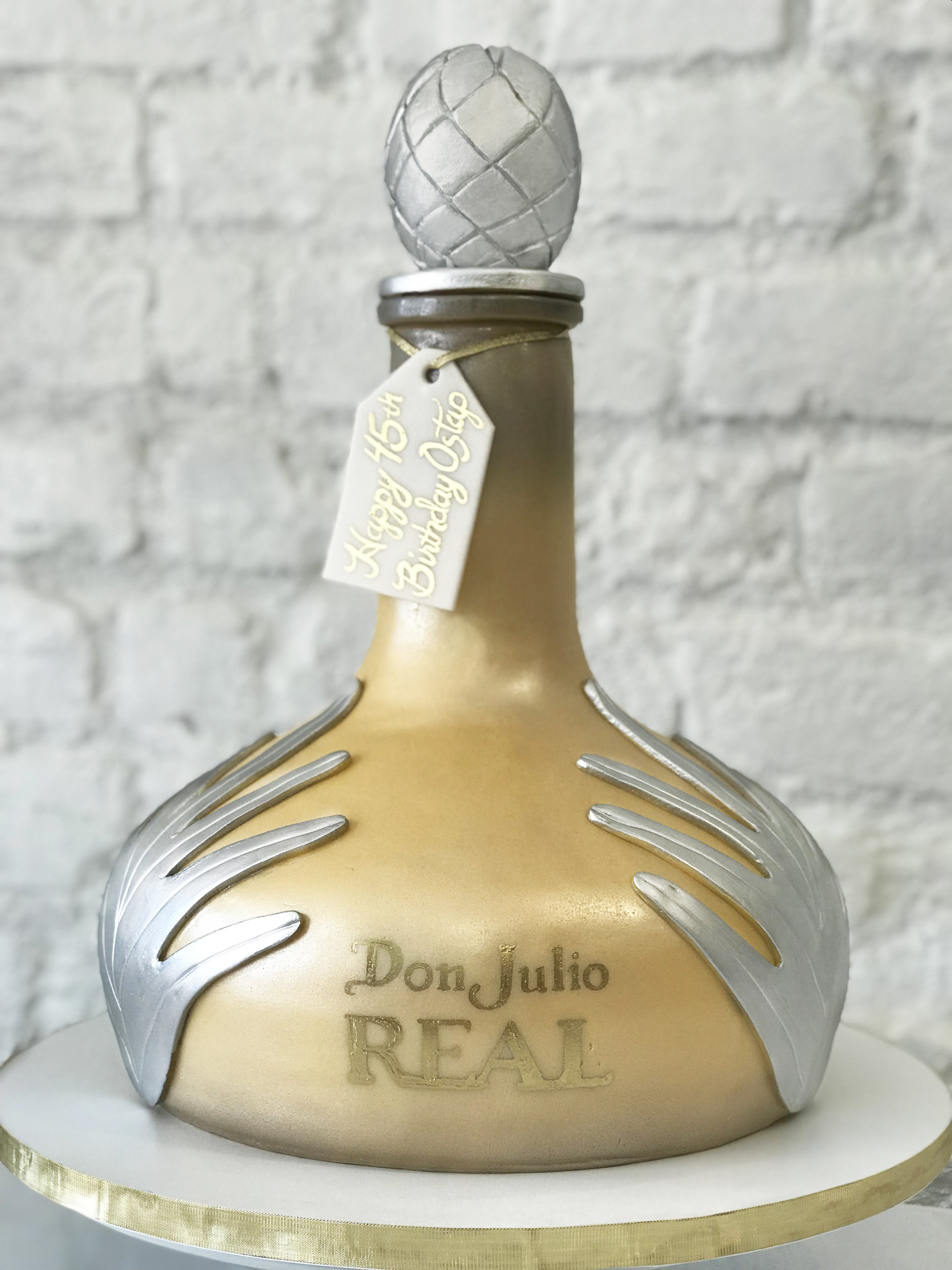Don Julio Cakle.jpg