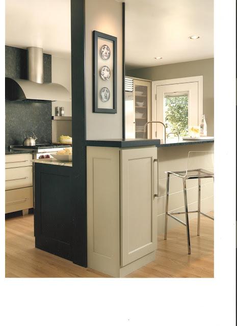 Julie's+kitchen-bar+back+side.jpg