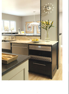 Julie's+kitchen-looking+at+dining+area.jpg