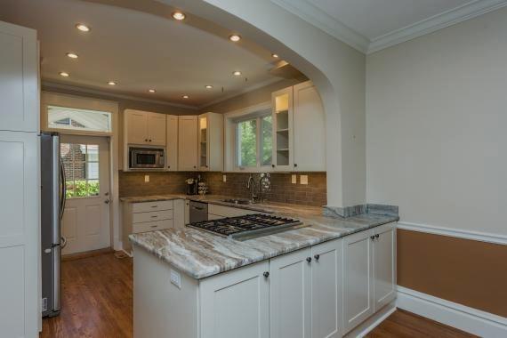 poplack kitchen 1.jpg