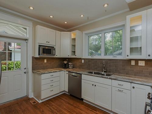 poplack kitchen 2.jpg