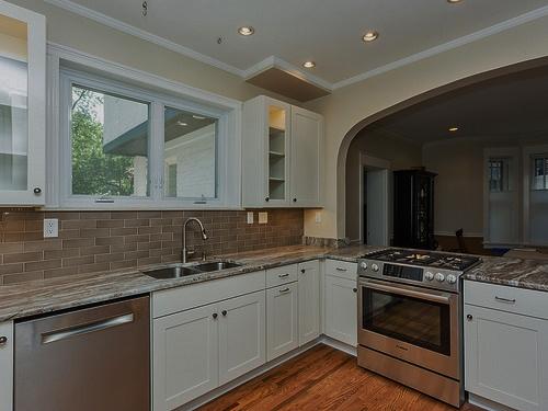 poplack kitchen 3.jpg
