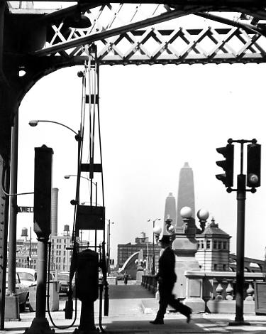 North Wells Street , 1955-65  Gelatin silver photograph.  9 5/8 x 7 11/16 inches