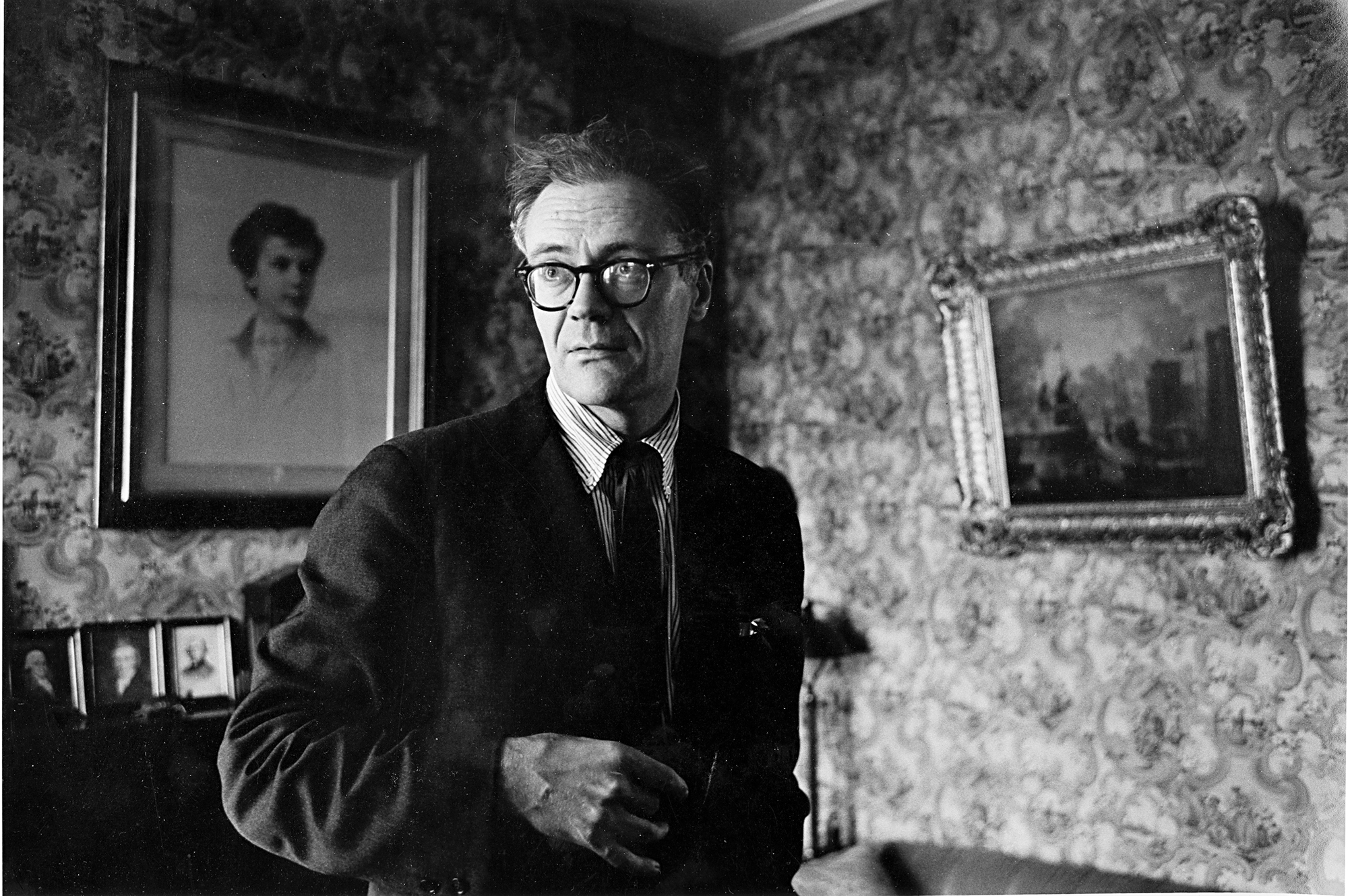 28 Robert Lowell, Boston,1964.jpg