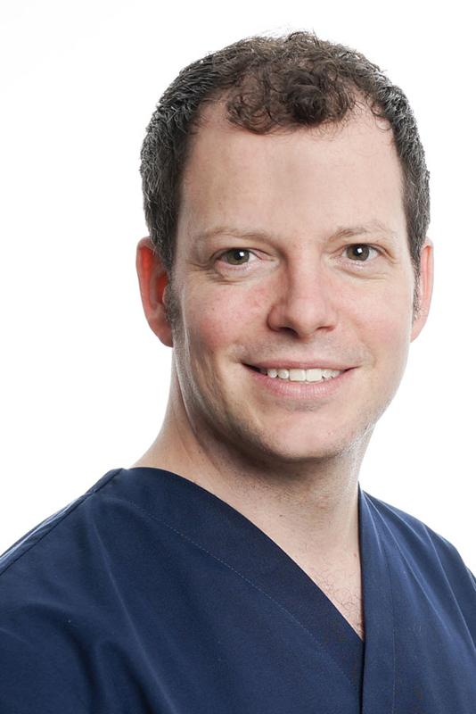PHILIPP HÄRING - Dr. med. dent.Zahnarzt SSOPraxisinhaberLink Lebenslauf