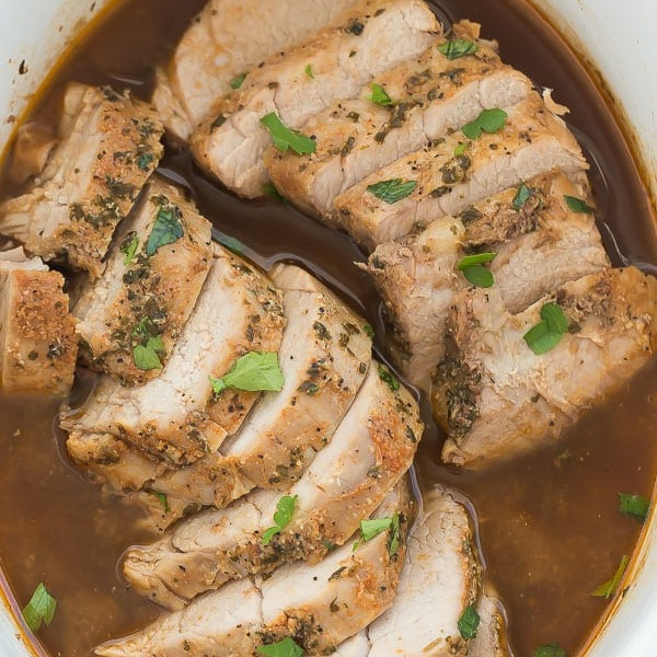 slow-cooker-pork-tenderloin-with-honey-balsamic-glaze-www.thereciperebel.com-600-5.jpg