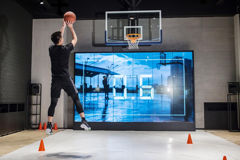 nike-basketball-store-beijing-08.jpg