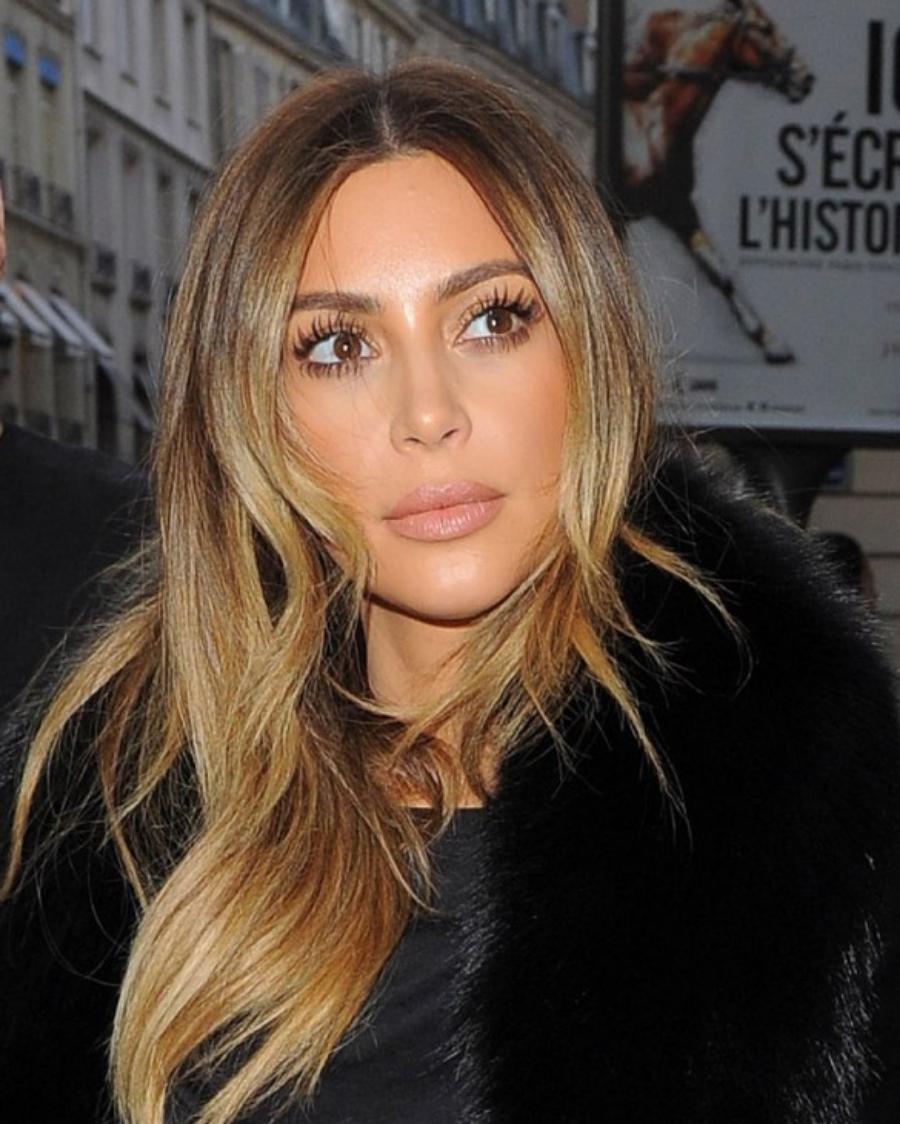 kim-kardashian-o-a-in-paris-shopping-january-2014-_1-632x793.jpg