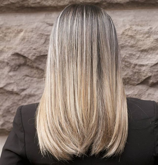 Oh oh #ombre! . . . #hairbymishi #morphic #morphicbeauty #balayage #hair #haircolor #hairstyle #haircut #blondehair #blonde #hairstyles #fashion #beauty #highlights #hairstylist #modernsalon #balayageombre #hairdresser #style #hairgoals #love #longhair #salon #babylights #instahair #color #hairoftheday