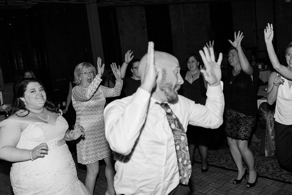 www.jenniferclairephotography.com_Kelsey-Jeff-Two-Brothers-Brewery-Wedding-Aurora-Chicago-IL-2659.jpg