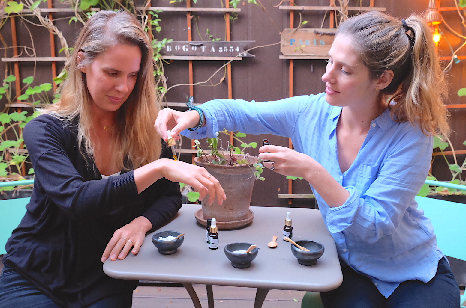 Karin (left) and Elsa (right), Co-Founders of Atelier Namasté.