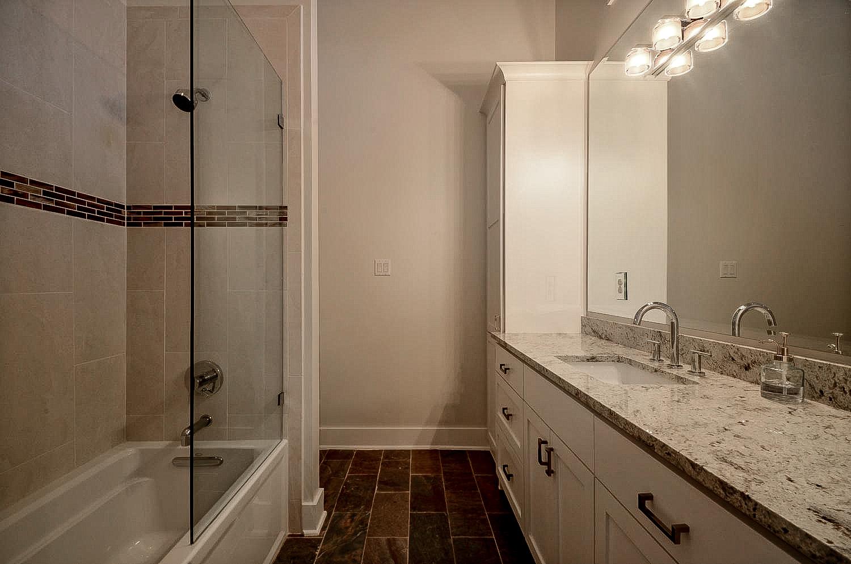 12921 Hacienda Ridge-large-033-Other Bath 02-1500x994-72dpi.jpg