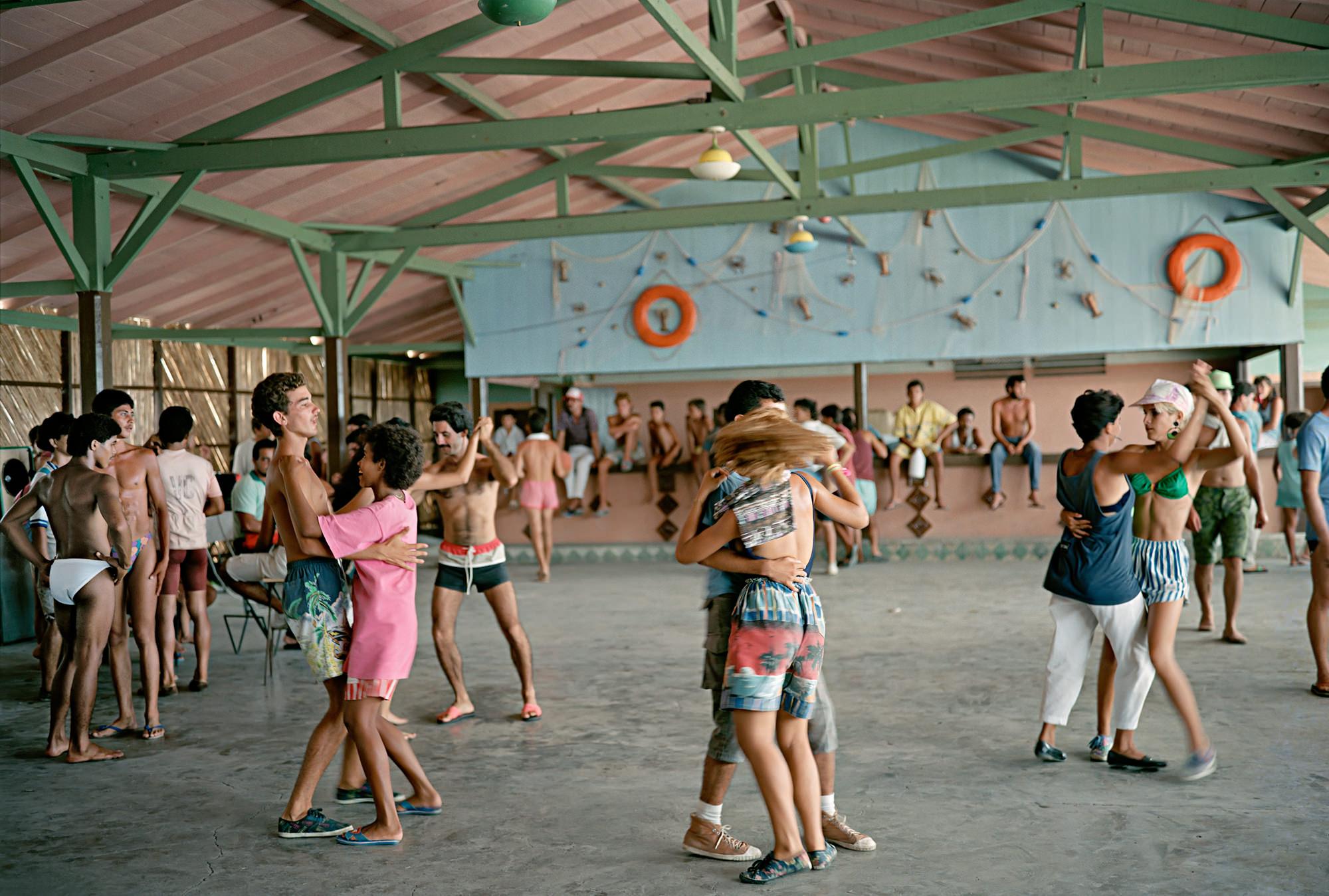 7 Dancing-Isabela de Sagua-WS_.jpg