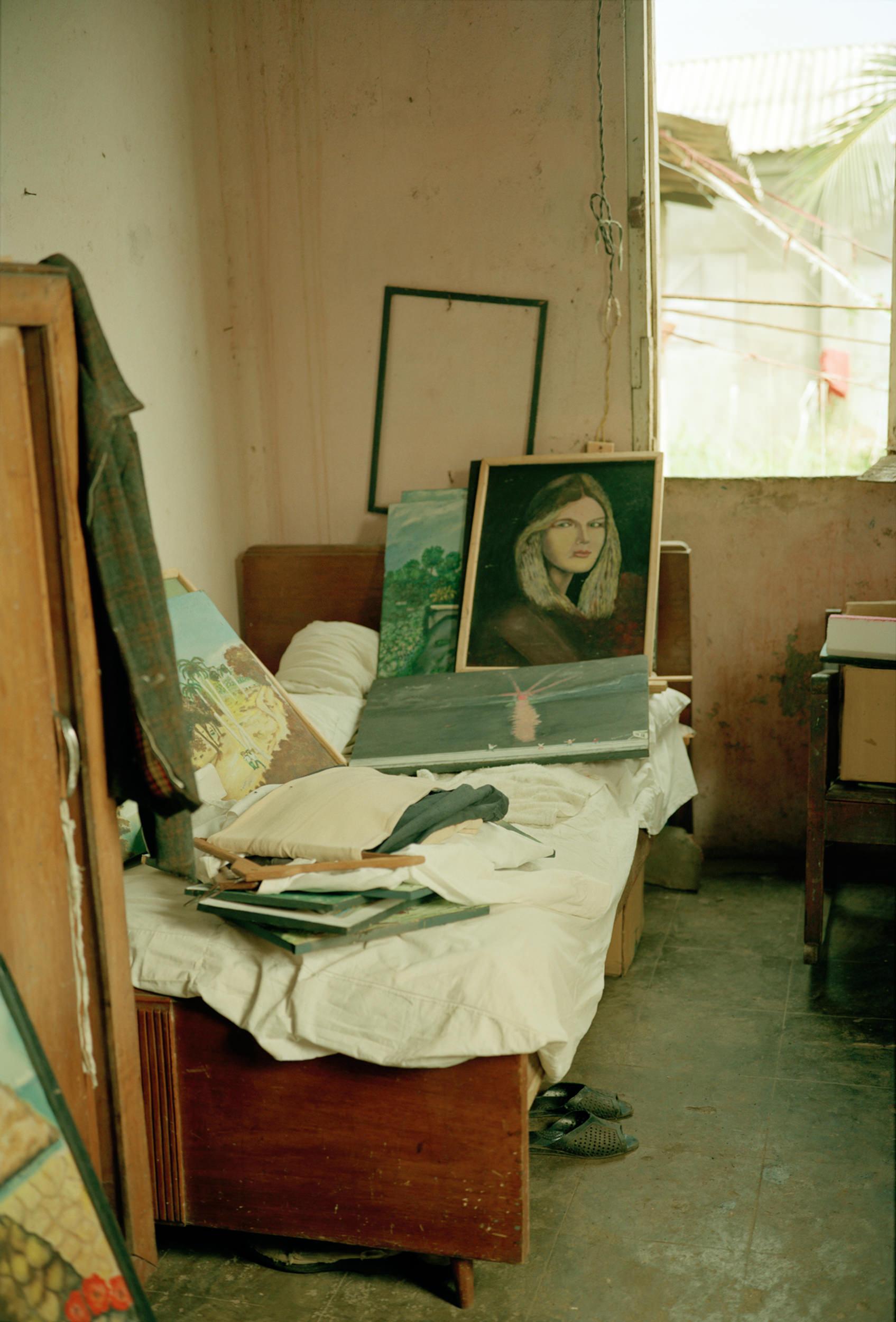 8.92BC-ArtistBedroomBaracoa- 001.jpg
