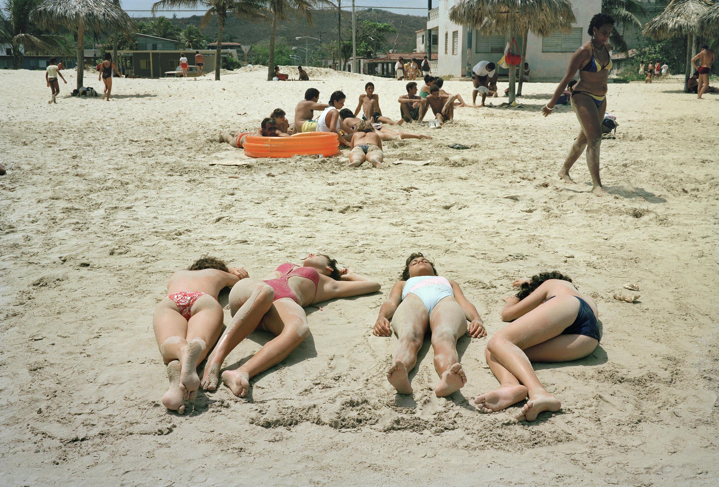 Girls Beach, Santa Maria del Mar