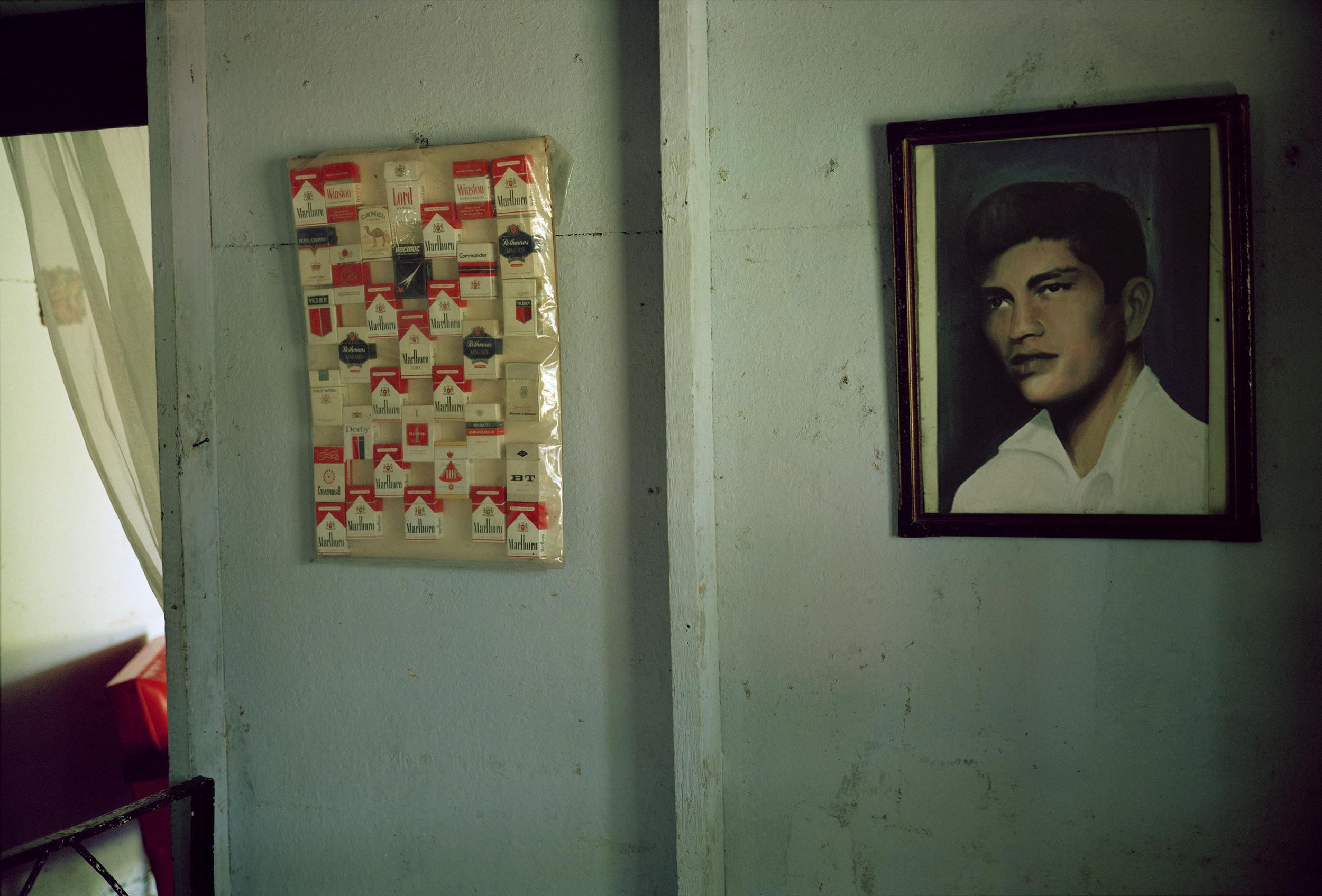 Marlboros Potrait-Boyeros, Cuba