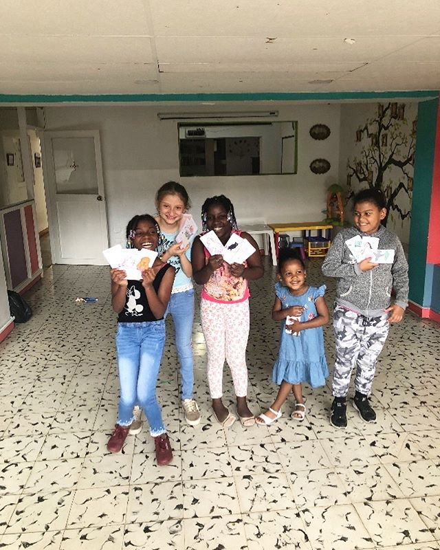 We had the opportunity to visit with these adorable angels from Fundación Eudes again recently. We dropped off some toys and bean bag chairs for the kids!🤗 Just check out those smiles💜 This is what life is all about! . . What gives your life purpose and meaning? To get involved with our amazing initiatives or to donate to help these foundations in need, please visit www.souldancers.org 🌈 Link in bio ↑ ↑ . . . . . . . . . . . . . . . . . . . . . . . . . . . . . . #souldancers #giftofdance #nourish #empower #inspire #causes #charity #jointhemovement #donate #change #philanthropy