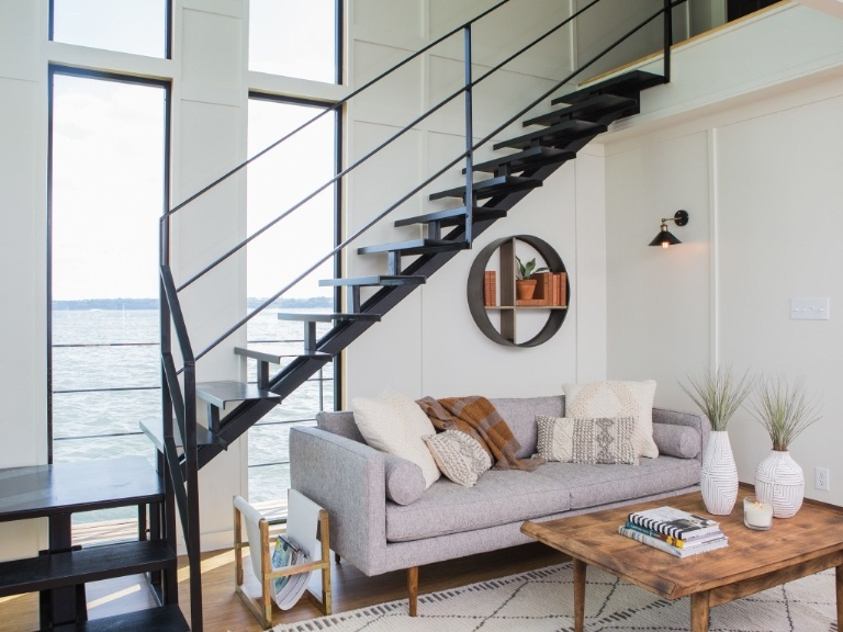 This  fixer-upper  is amazing. I watched this transformation on-demand last week and my mind was blown away. I've decided I like when Joanna does modern.