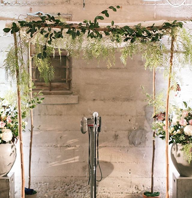 Simple (read: easy to take down in a flash for a quick turn to dinner!) Chuppah for an after-dark ceremony @foreigncinema Florals: @wallflower.design  Photographer: @annamarksweddings . . . . . #chuppah #foreigncinemawedding #eveningwedding #homemadechuppah #weddingceremony #sfwedding