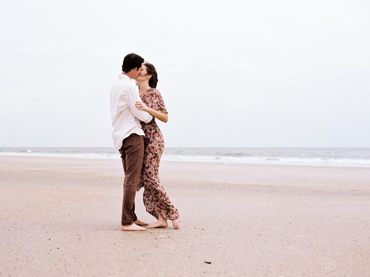 couple-kissing-on-little-talbot-beach-jacksonville.jpg