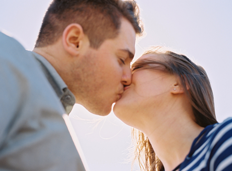 man-and-woman-kissing-in-the-sun.jpg