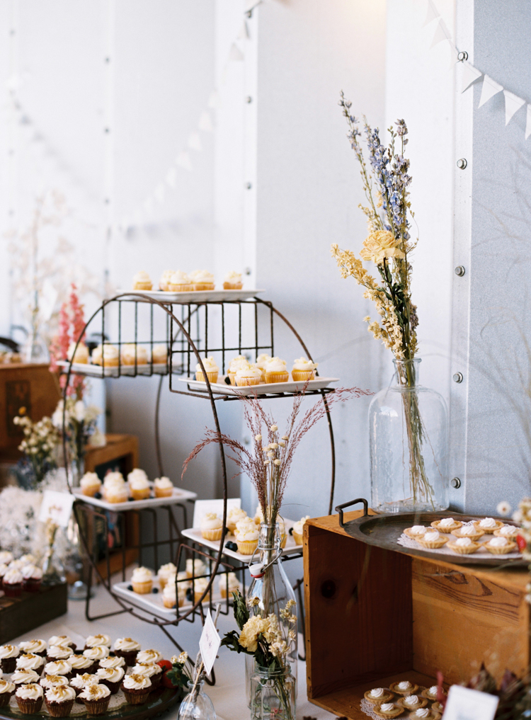 farm-dessert-table-jacksonville-wedding.jpg