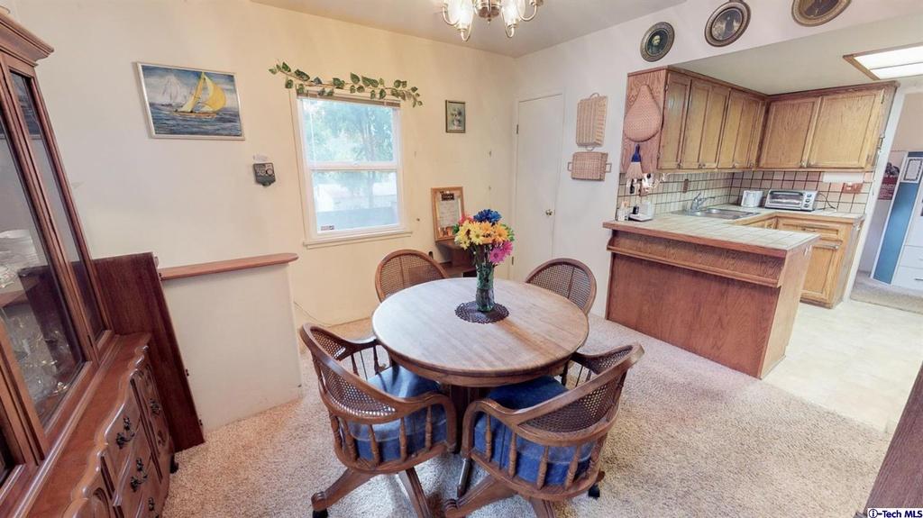 HHR 4 Kitchen Before 4.jpg