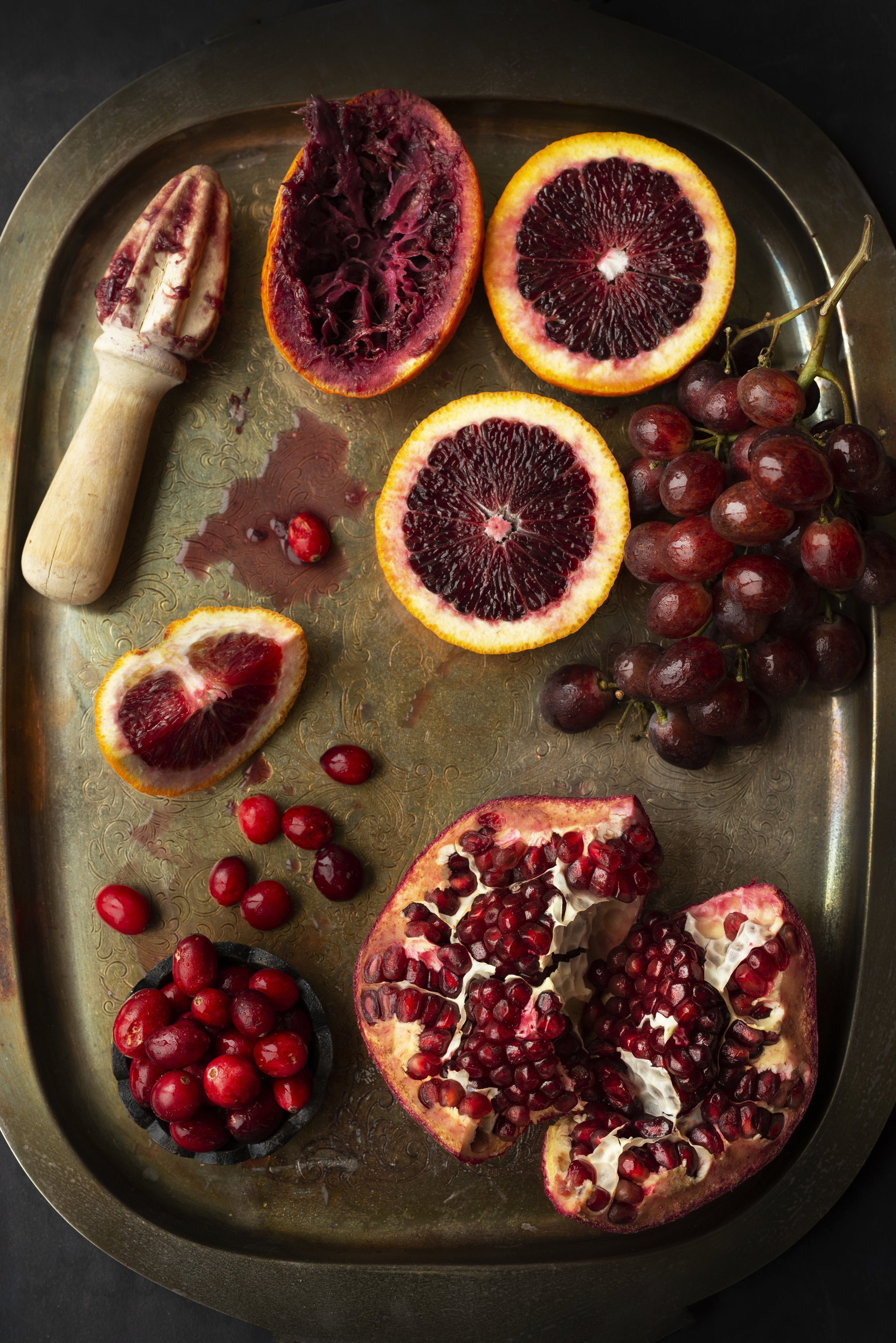 RedFruits-Grapes-Cranberry-Pomegranate-RedOranges-HR-SimiJois-2019.jpg