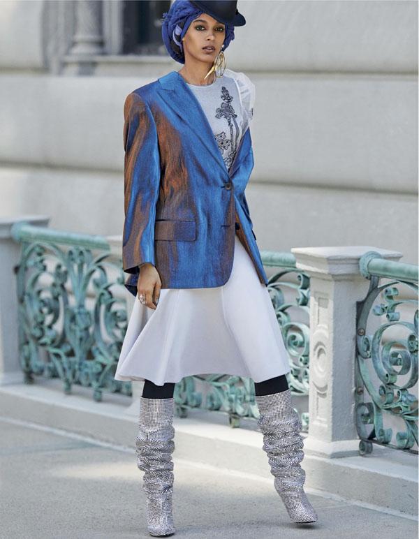 Vogue Arabia x Mona Sultan (6).jpg
