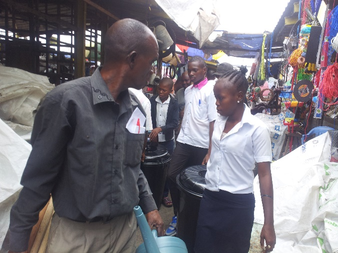 Students and teachers look for the right tools at the market