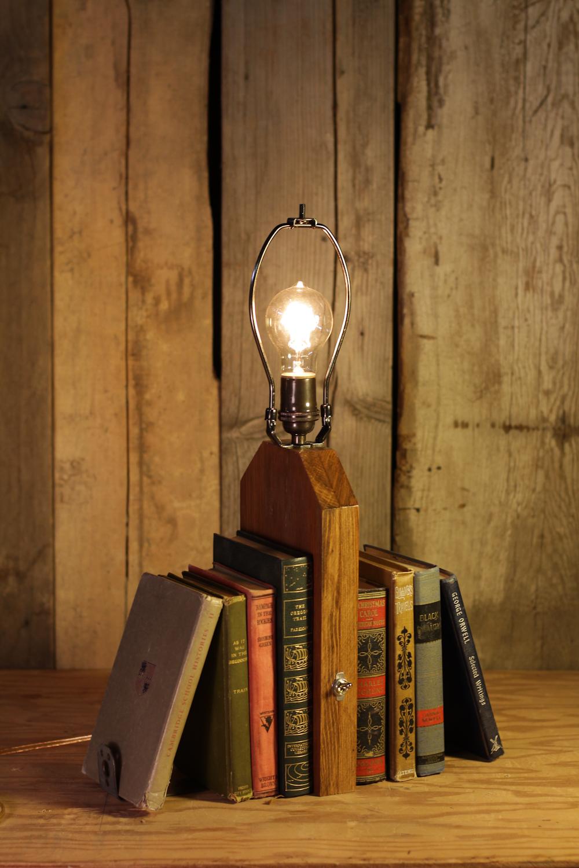 Book_Lamp_1.jpg