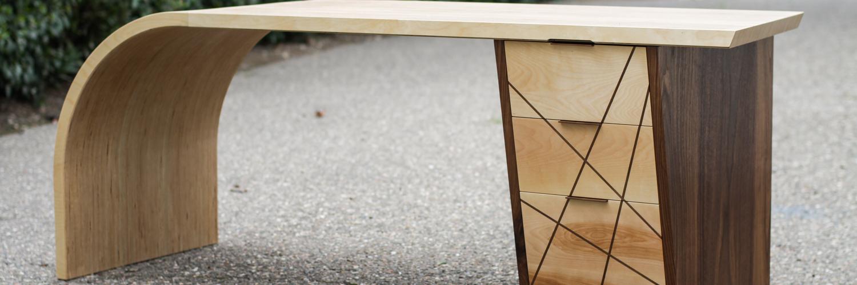PlywoodDesk.jpg