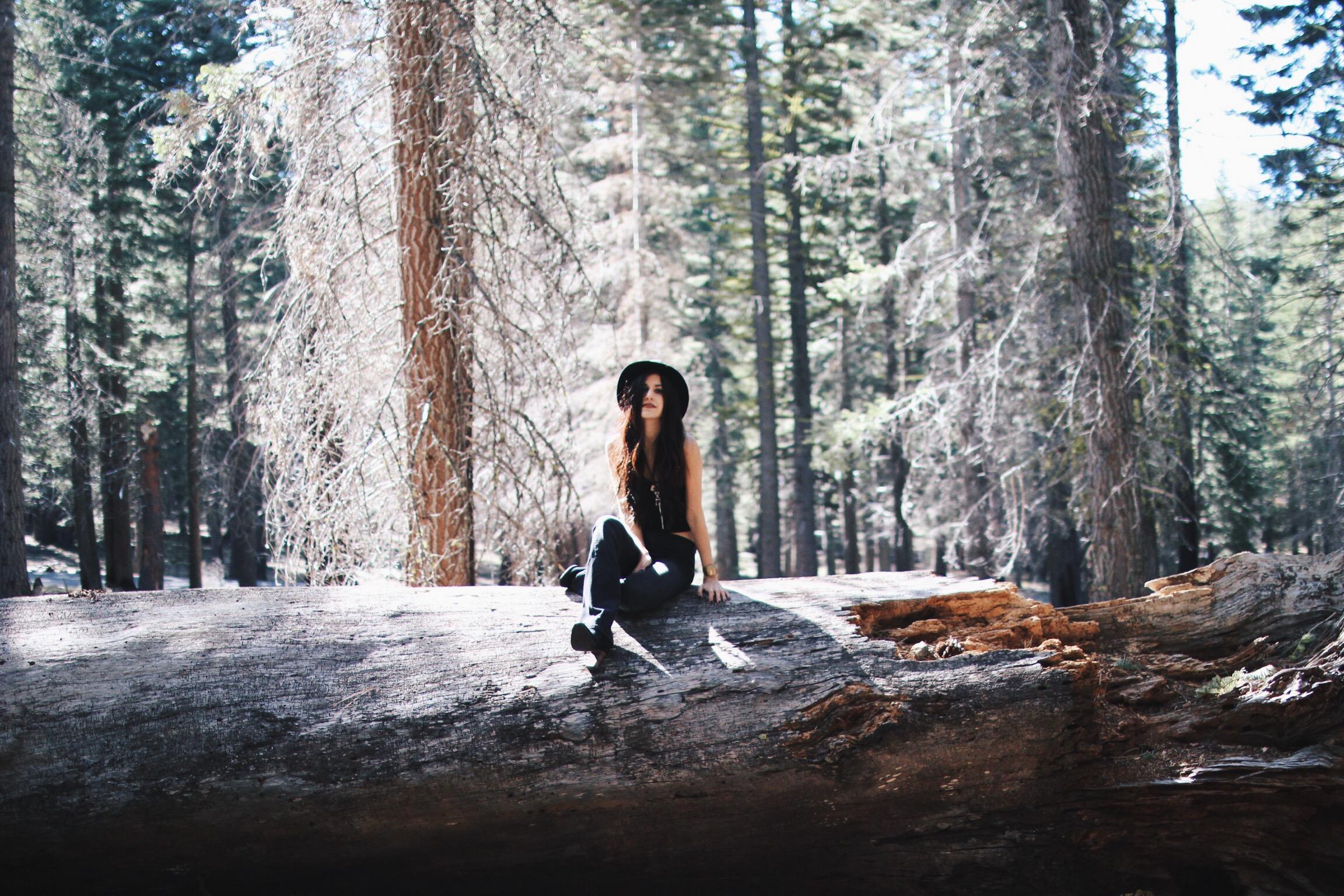 Caught In A Deserted Light // Mel Denisse