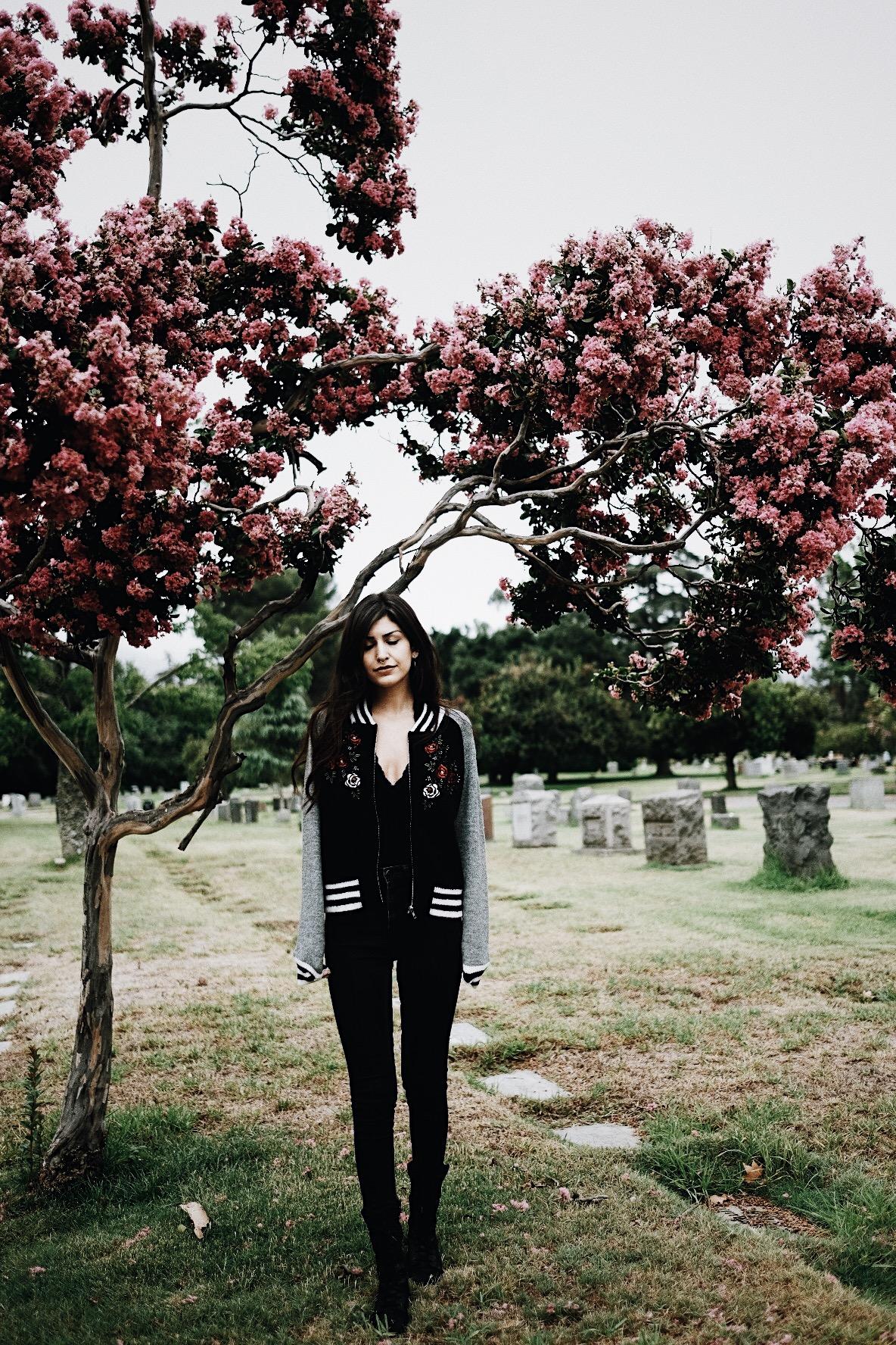 Waking Up With Black Swan // Mel Denisse