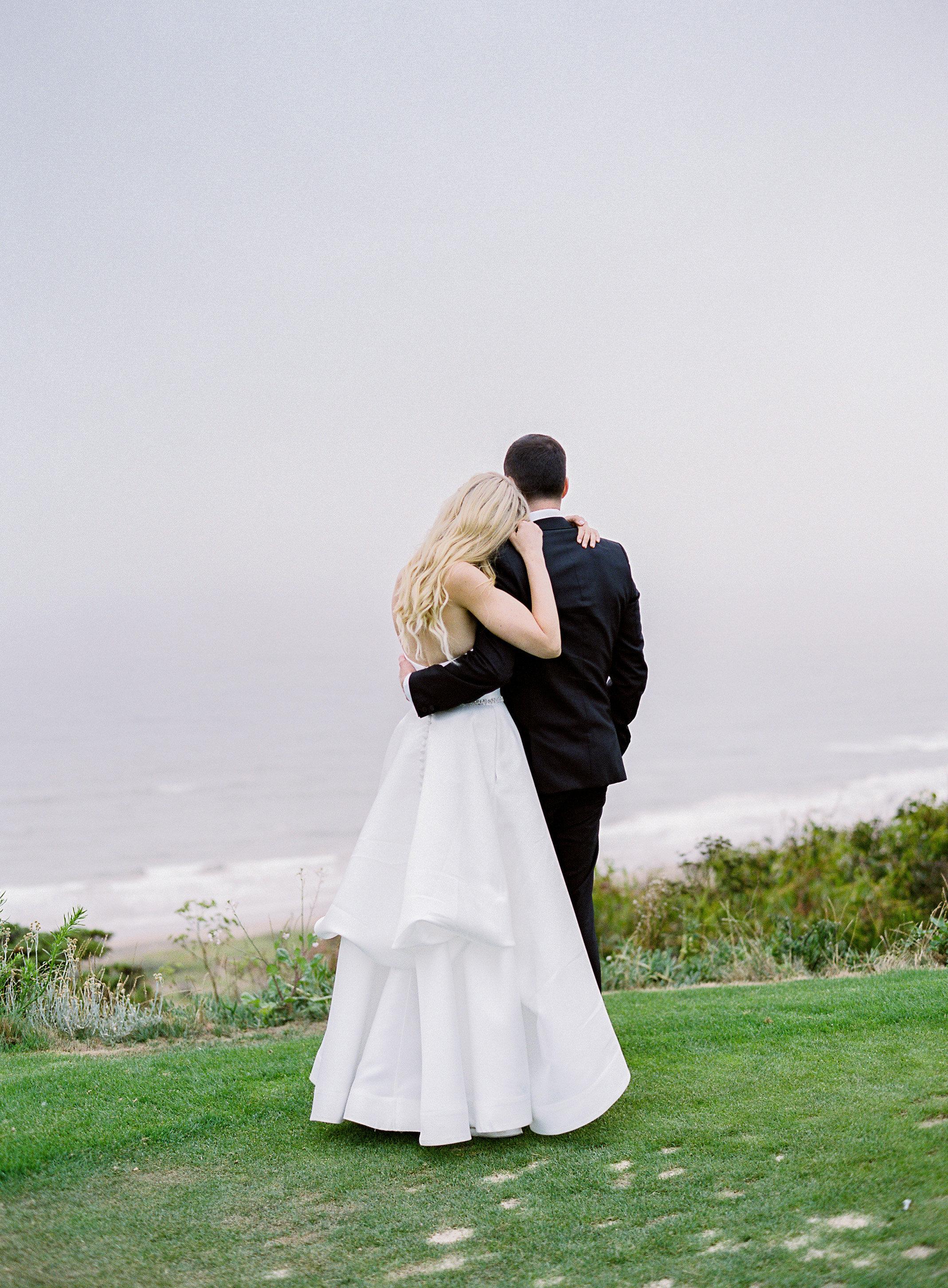 Jennie and Garrett-Photographer s Favorites-0222.jpg