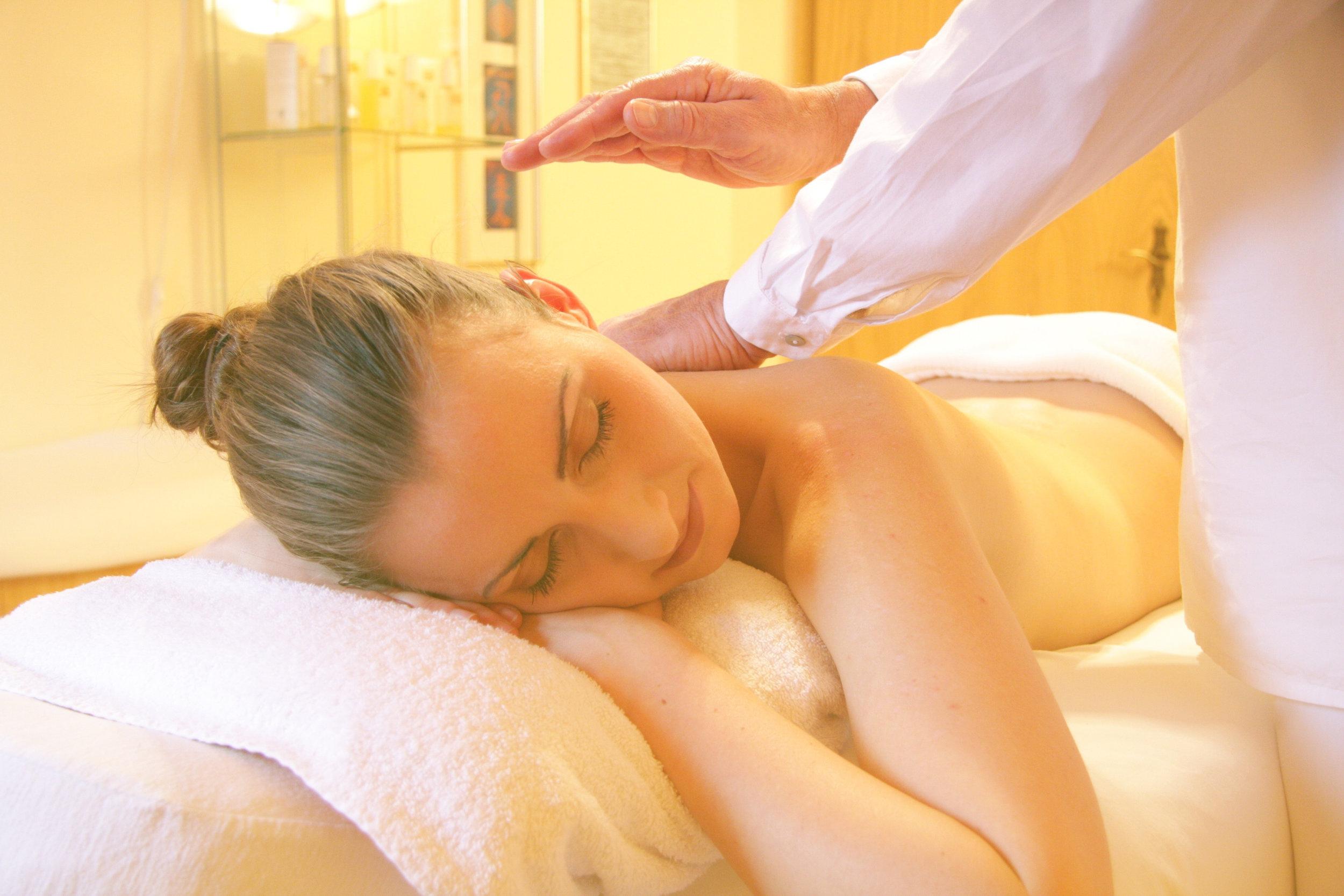 beauty-face-massage-56884 copy.jpg