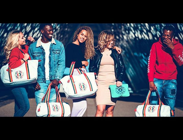 Super proud of this campaign photoshoot I did for @kiplingglobal  #rainbow #fashionshoot #photography #potd #models  #color #kipling #bag #antwerp #city #ootd #shoot #stylish #fashionstyle
