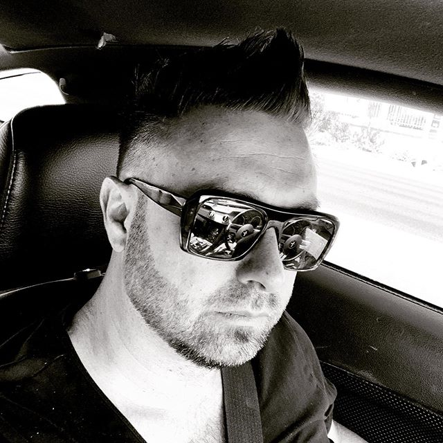 I've had a great day. Creative meeting with Las Vegas film office and then passing by the Collect hairdresser in Las Vegas who made me look cool again 😎 kudos for @michaelbandy