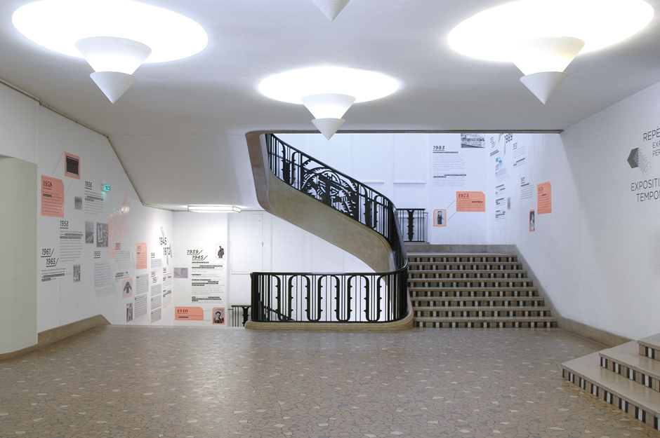 adrienne-bornstein-signaletique-cite-nationale-histoire-immigration_palais-porte-doree-graphisme-08.jpg