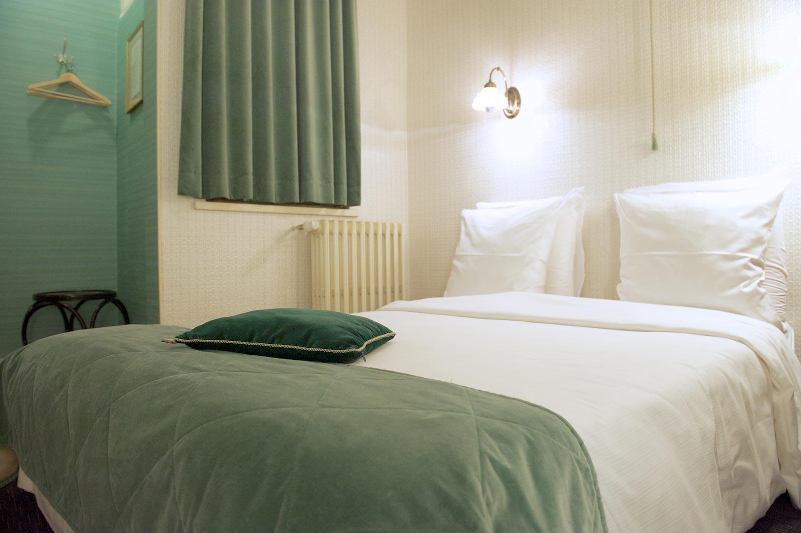 hotel-le-berger-rooms-standard-elodie-03-03.jpg