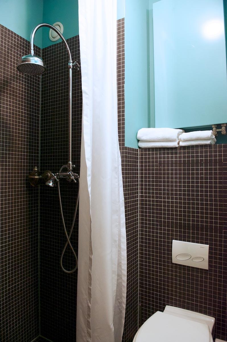 hotel-le-berger-rooms-standard-elodie-03-06.jpg