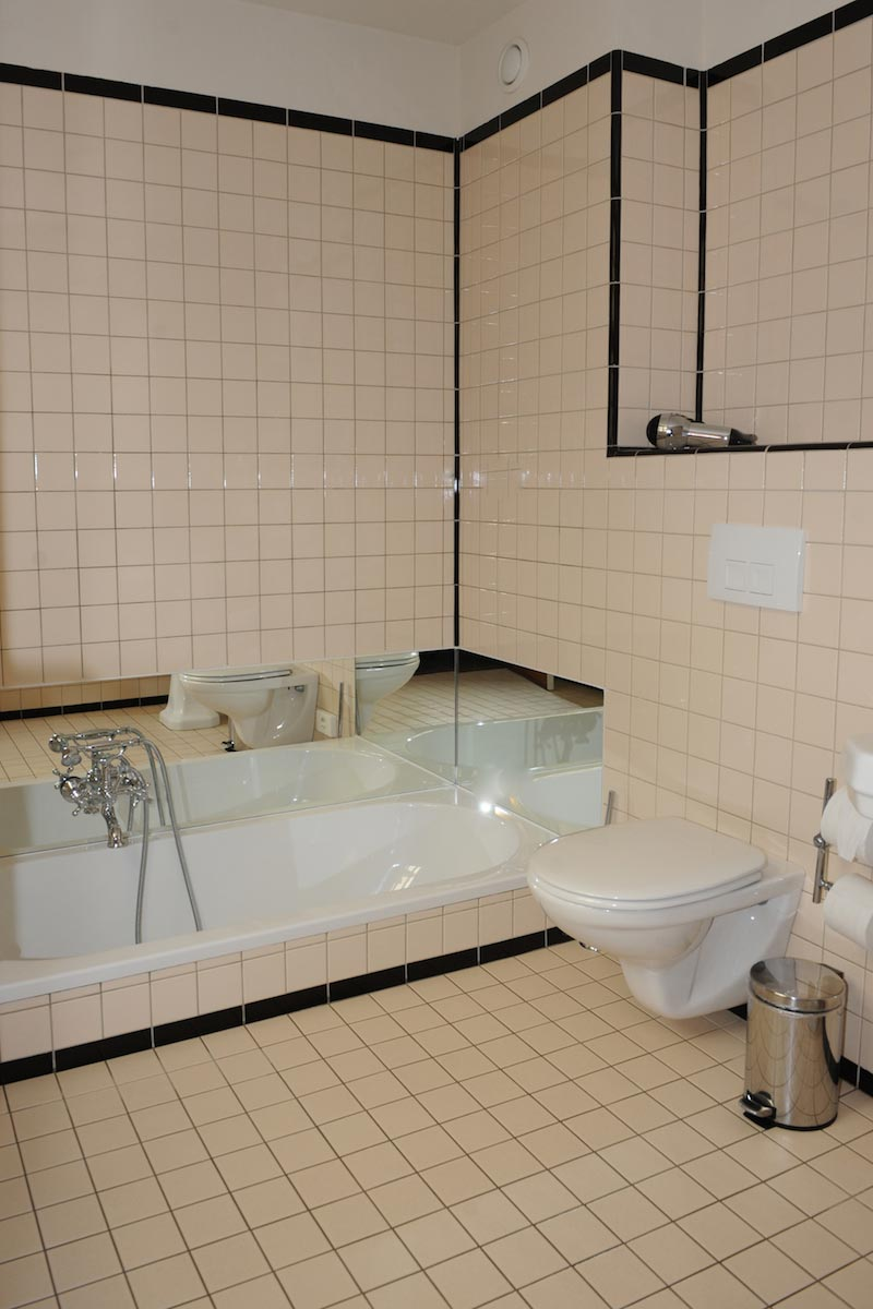 hotel-le-berger-rooms-superieur-manon-06-01.jpg