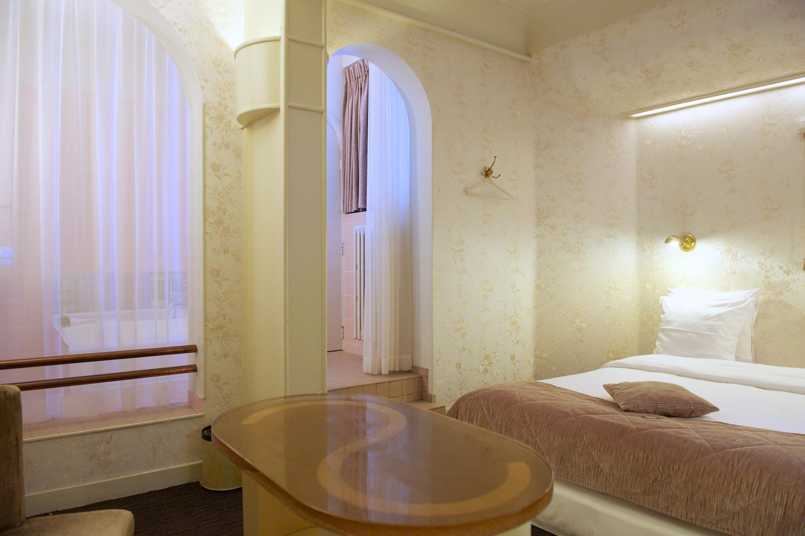 hotel-le-berger-rooms-superieur-blanche-09-03.jpg