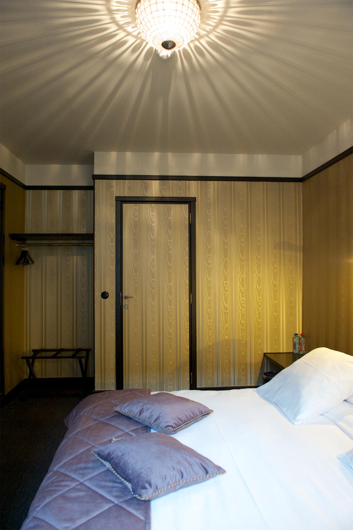 hotel-le-berger-rooms-comfort-madeleine-11-06.jpg