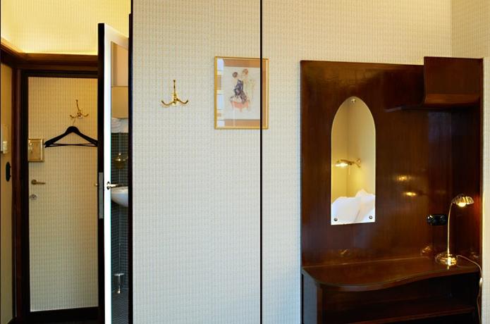hotel-le-berger-rooms-standard-mathilde-02-02.jpg